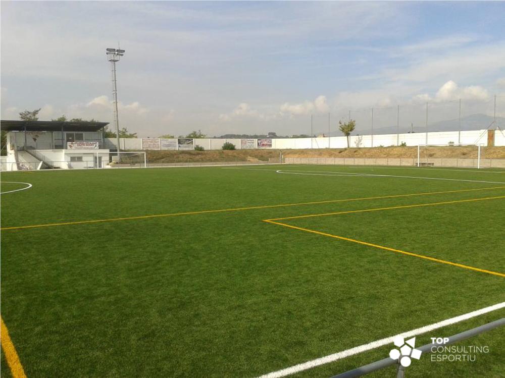 tce-assessorament-substitució-paviement-futbol-polinya-01