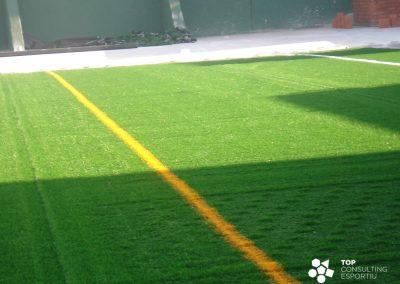 Mantenimiento campos de fútbol de césped artificial – Badia del Vallès