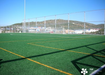 Manteniment camps de futbol de gespa artificial – Sitges