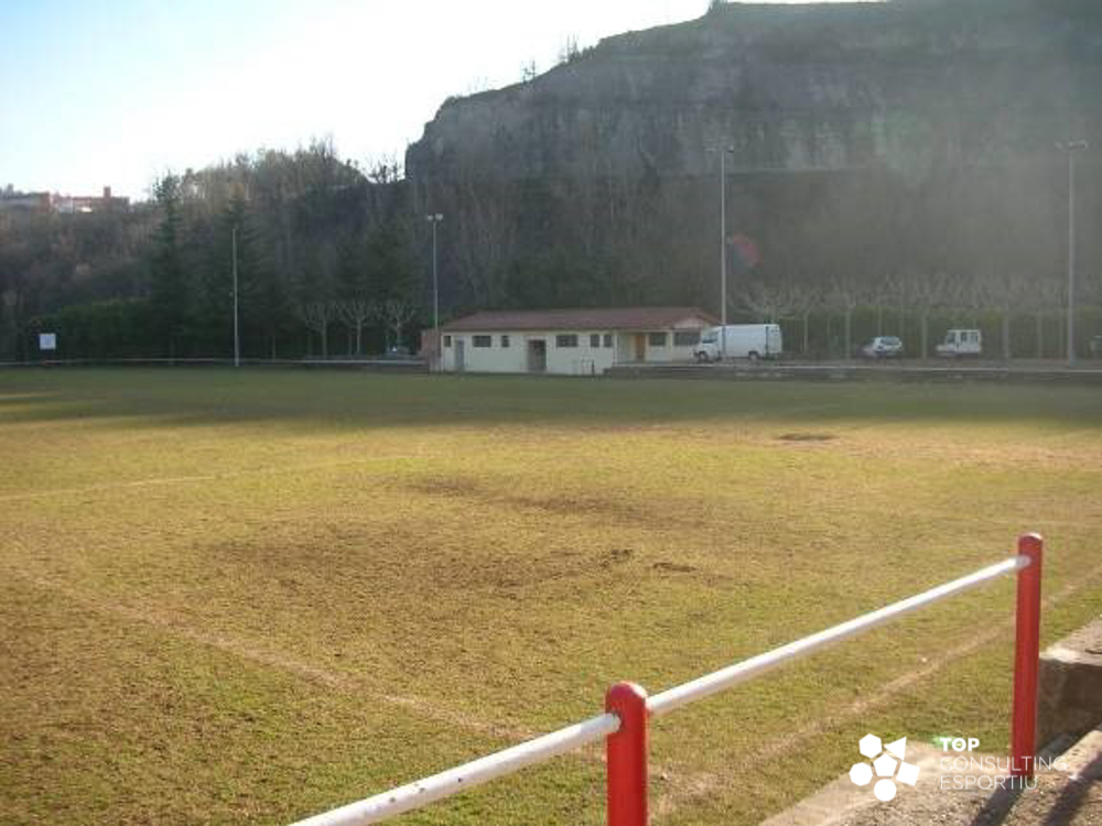 tce-projecte-gestio-camp-futbol-sant-quirze-besora-02